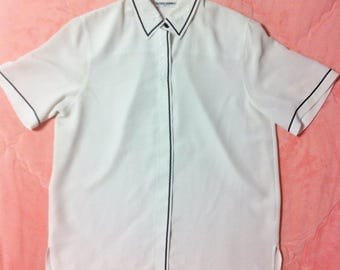 Vintage White Collared Button Up Blouse