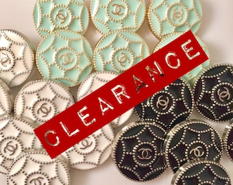 Limited Time Clearance - Lot of 18 (20mm) Estate Sale Preowned Vintage Replacement Buttons - RARE