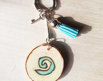 Handmade world of warcraft , wow , gamingwooden pyrographic color keychain