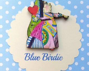 Queen of hearts brooch Alice in wonderland jewelry queen of hearts jewelry Alice in wonderland jewellery Alice in wonderland brooch gift