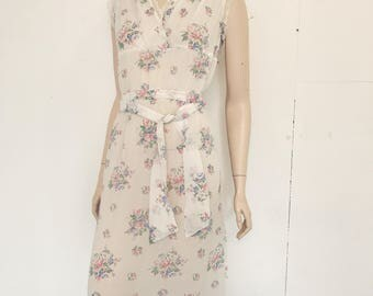 40s White and Floral Print Nightie Style Maxi Dress Size 8/36 / Nightgown / Flower Dress / Hippy / Bohemian / Sheer Dress / Lace Trimmed