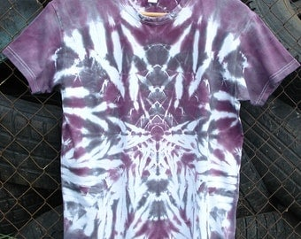 tie dye shirt (FREE SHIPPING)