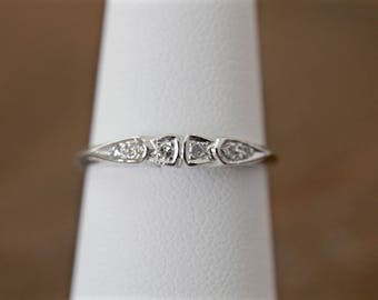 6 stone diamond band