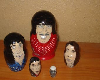 Set of 5pc hand painted wooden russian matryoshka nesting dolls THIN LIZZY rock band