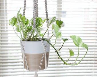 Macrame Plant Hanger, Plant Hanger, Modern Planter, Plant Hanger, Minimalist Planter, Macrame Plant Holder