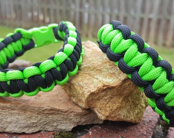Paracord Bracelet : Neon Green and Black
