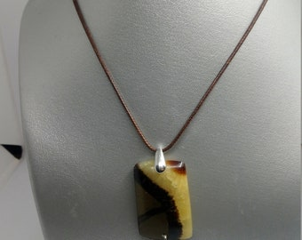 SEPTARIAN and lizard - rectangle cabochon and cord necklace