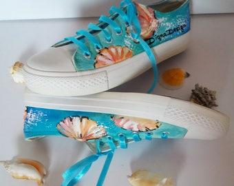 Summer Sneakers, Hanpainted Sneakers, Sea shells Shoes, Seashell Sneakers, Hanpainted Shoes, Summer Seashells Art, Sea Sneakers Art
