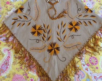 Vintage embroidered wool poncho cream tan beige