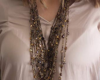 Knitted Necklace Black & Gold