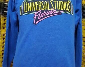 Vintage 90s Universal Studios Florida / big logo spell out / very nice sweatshirt (AL 31)