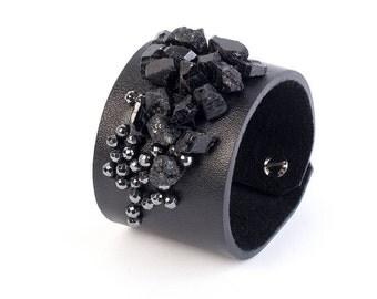 Women leather bracelet, Women leather cuff, Black cuff bracelet, Black leather bracelet, Leather bracelets, Wide leather cuff, Onyx bracelet