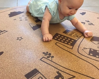 Baby natural round play mat for nursery, baby shower gift, natural cork rug non slip, hand illustration, eco friendly, sustaingble, 130 cm