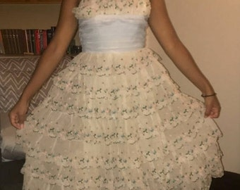 Vintage Lace Tiered Strapless Dress