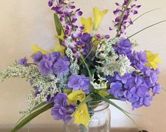 Country Style Wildflower Arrangement