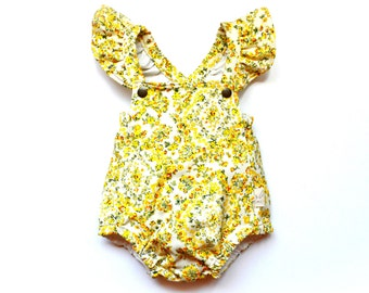 Vintage Yellow Floral Playsuit with Flutter Sleeves, Romper, Baby Girl, Ruffle Sleeves, Cotton Jumper, Jumpsuit, One Piece, Retro