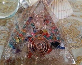 Orgone Pyramid/Gold/Silver/Copper/Quartz/orgone energy pyramid/crystal pyramid/healing crystals
