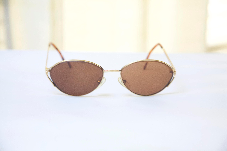 1d25e1218c Vintage CHRISTIAN DIOR Oval Eyeglasses Gold Metal   Model  2938 40a   Retro  Collectable Rare