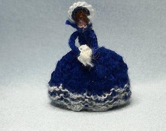 Knitted tea cosy - dark bleu