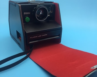 Polaroid Land camera 2000 green button, instant camera