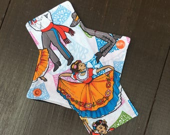 7 inch liner/light cloth pad, panty liner, reusable cloth pads, cloth pads, liners, reusable, mama cloth
