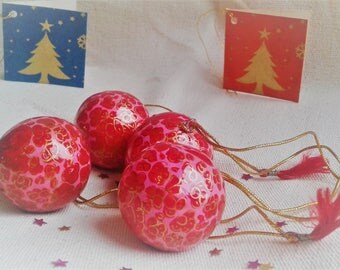 The Lot of 4 balls of Christmas Craft(Home-made) Christmas decoration
