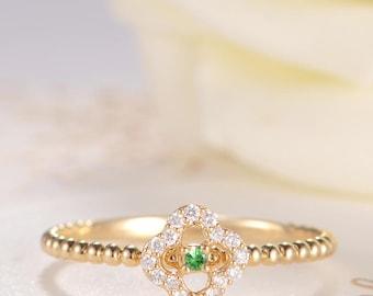 Diamond Cluster Ring Unique Engagement Ring Flower Tsavorite Ring Gold Beaded Antique Clover Friendship Halo Eternity Multistone Anniversary