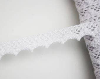 Bobbin lace trim white lace 15 mm, 1 meter Ribbon lace