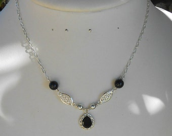 Necklace 42 cm stone Onyx faceted PEAR, round Onyx beads
