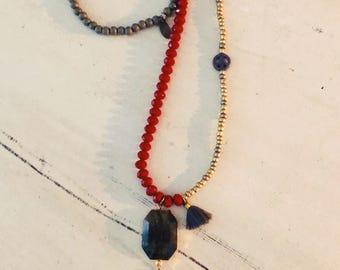Glass beads, long chain
