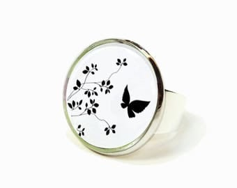 Black and White Butterfly flowers cabochon ring