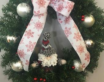 Silver Snowflakes Wreath