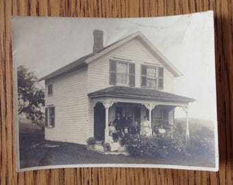 Vintage Original Black and White photo Beautiful Coronial House and Family 1910s?