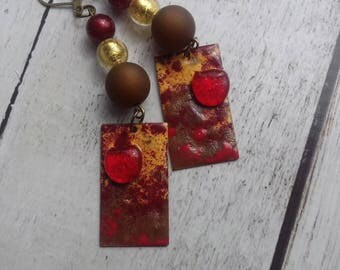 The Temps des Cerises earrings copper enamel red, yellow, scorched earth