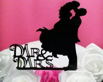 Mr and Mrs Cake Topper, Couple Cake Topper, Bride and Groom Cake Topper. Custom Cake Topper