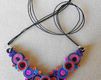 Multicolor Choker in quilling and waxed cotton