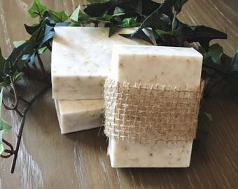 Handmade Oat & Honey Goat's Milk Soap