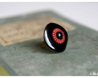 Vintage red and black - buttons - #0592 ring
