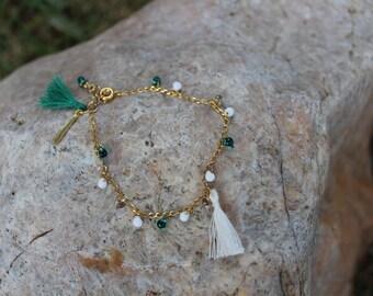 Bracelet gold mini-drops Emerald, white, handmade tassels