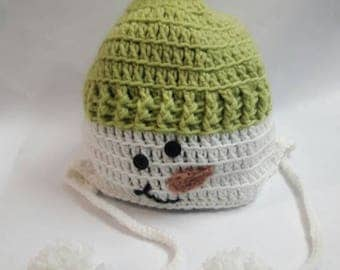 Funny, soft children's hat with a snowman, hand knitted