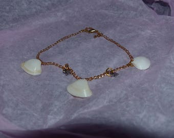 Chain and genuine shell bracelet
