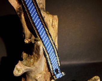 Cuff Bracelet with miyuki beads in peyote stitch, blue, black and gold free steel