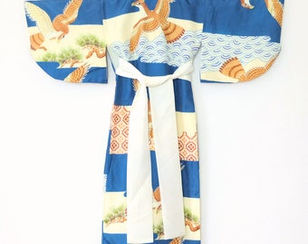 Authentic Japanese Vintage Boy's Small Kimono Child Size Blue/Cream Eagle M2