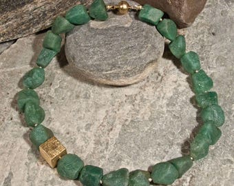 Chain of unpolished aventurine nuggets with elements of gold-plated 925 silver