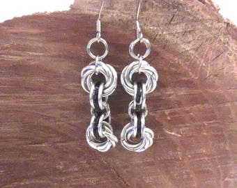 Mobius Chainmaille Earrings - Mobius Flower Silver and Black - Goth Earrings - Chainmail Earrings - Chainmaille - Black and Silver Earrings
