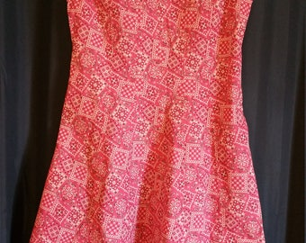 A line dress, size 12 with a handkerchief pattern, cotton, washable.