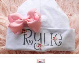 Personalized hat for newborn girl with pink bow