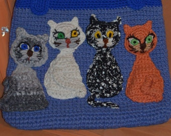 Knitted bags with different cute cats