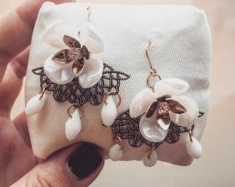 Earrings flowers / flowers earrings