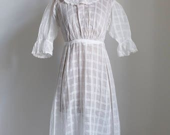 1910s Edwardian cotton voile day dress